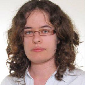 Justyna-Deren-e1602490591337-865x1024-1-360x426