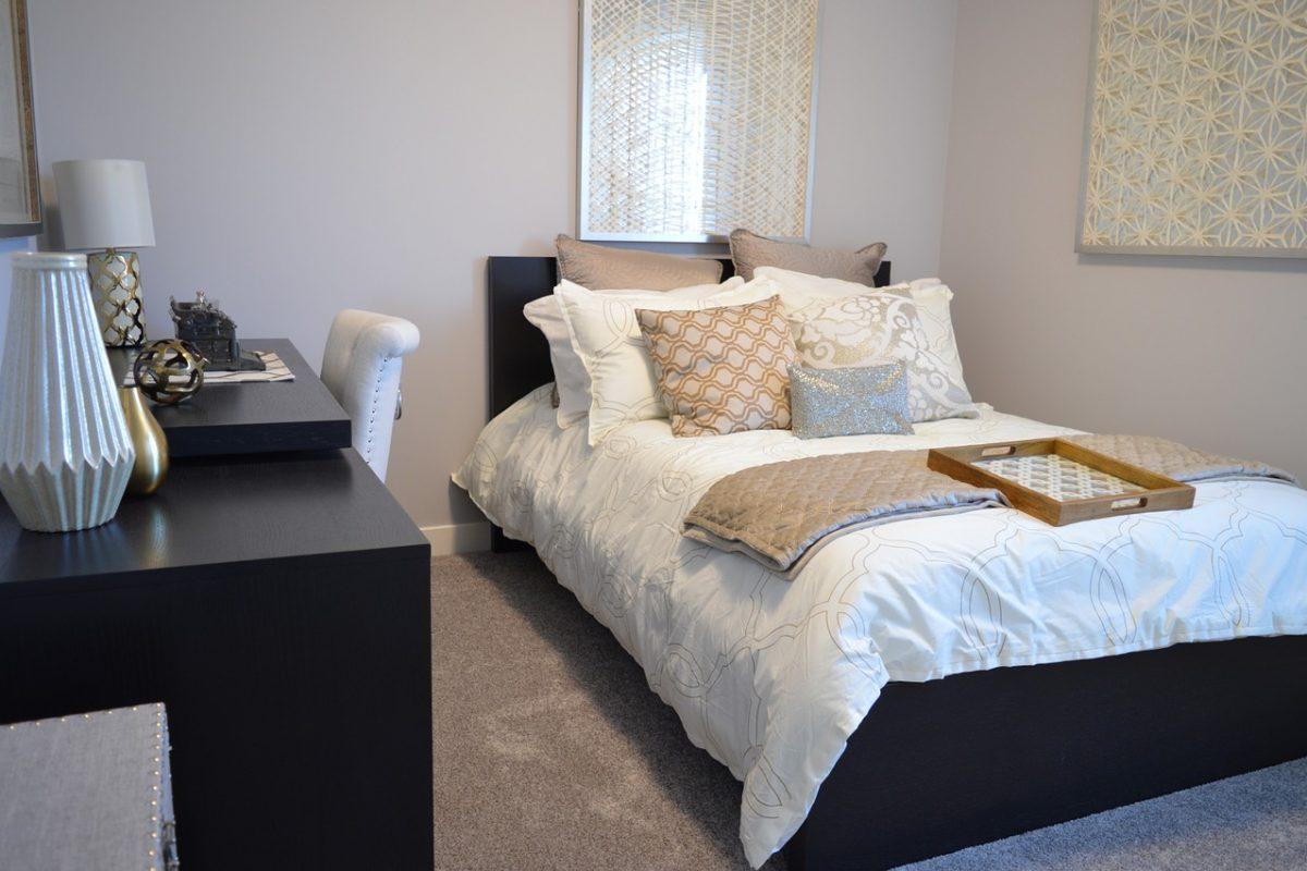 Małe wielkie zmiany w sypialni – zrób to sama!