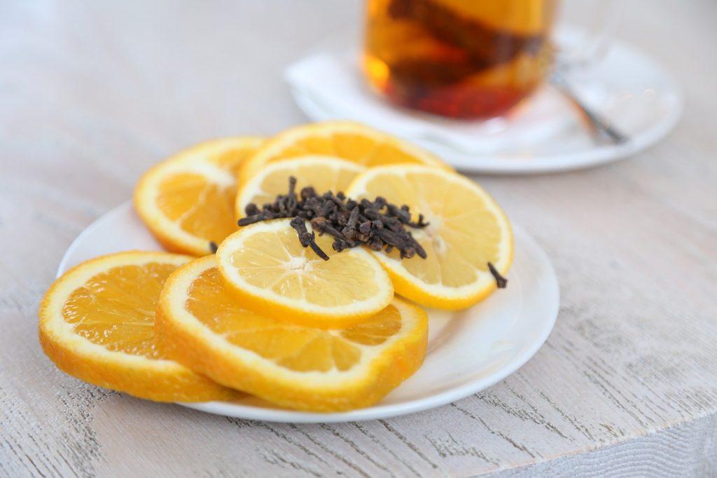 pomarańcze i goździki