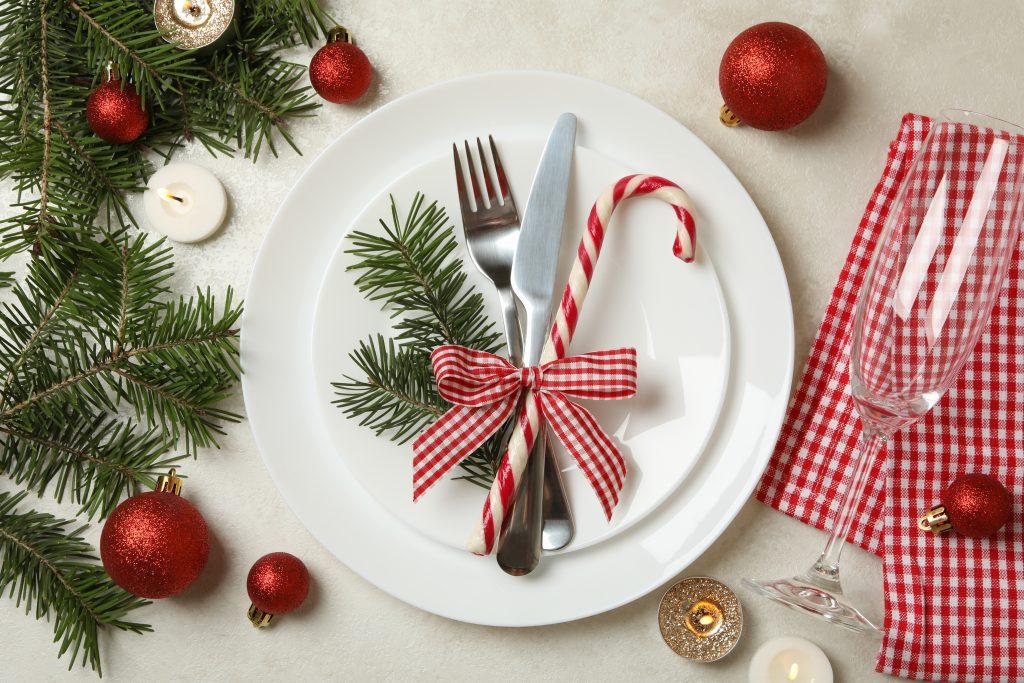 propozycja nakrycia świątecznego stołu