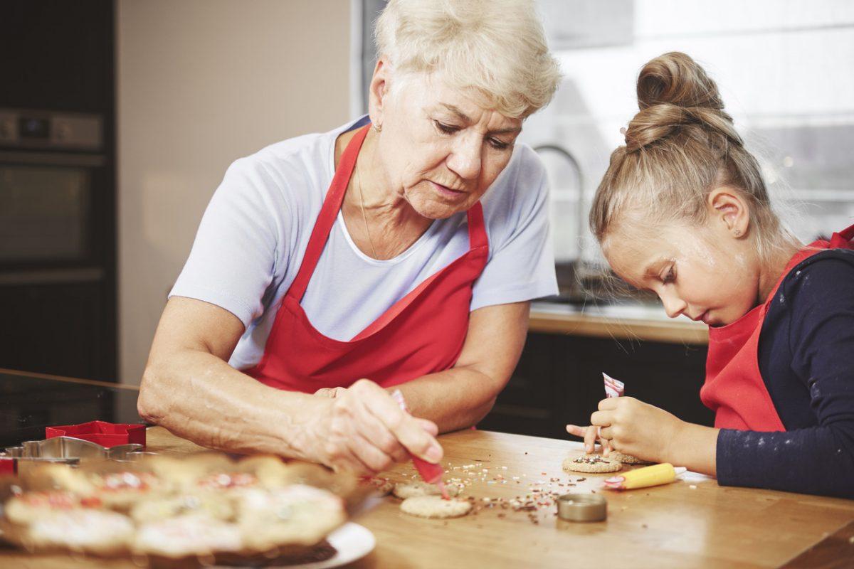 Herbatka z babcią. Historia święta dziadków