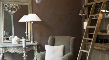 Drewniane akcenty w mieszkaniu – prosty sposób na upiększenie wnętrza